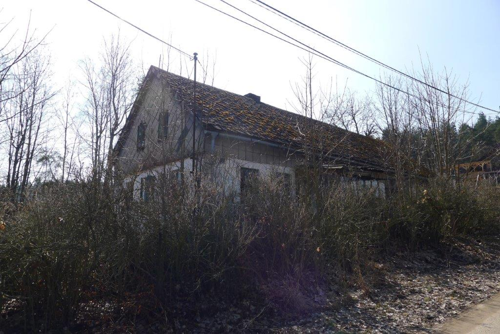 Rodinný dům Studánka u Tachova- podíl 1/6, pozemek- podíl 1/3, movité věci